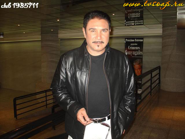 http://www.tvsoap.ru/photo/images_large/beautiful_daniel_alvarado/tvsoap_daniel_alvarado_039.jpg